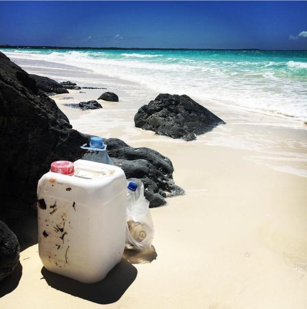 5 minute beach clean up